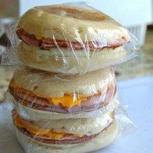 Freezer Breakfast Sandwiches. A super great idea!!!