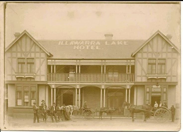 Illawarra Lake Hotel...it's still there in Brownsville south of Wollongong NSW
