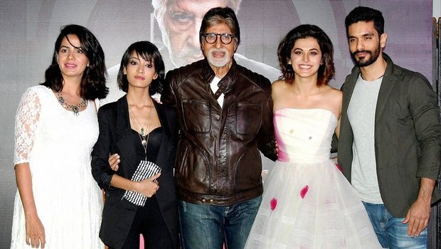 Pink 15th 14th 13th 12th 11th 10th 9th 8th Day Opening Weekend Thursday Wednesday Tuesday Monday Sunday Saturday Friday Box Office Business Report Amitabh Bachchan Taapsee Pannu Kirti Kulhari Andrea Tariang Angad Bedi Dhritiman Chatterjee Piyush Mishra Latest Movie 1st Week Total Collection Earning Income Profit Opening Week First Day Details