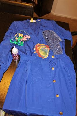 Serendipitous Discovery: Ms. Frizzle Costume Tutorial - Literacy Parade!