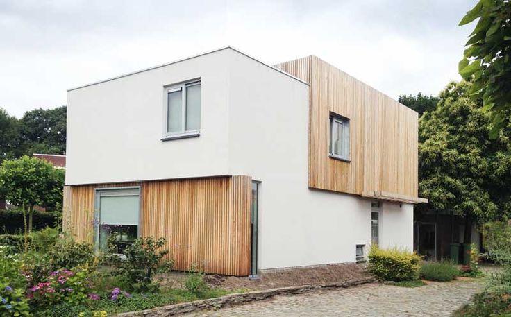 witte gevel-lichtgrijze ramen-renovatie-hout-arendgroenewegenarchitect