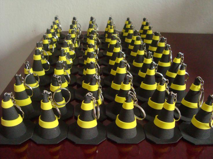 chaveiro de cone de sinalização de feltro - Pesquisa Google