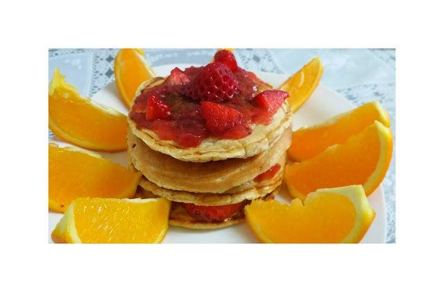 INGREDIENTES: ☕ 40 gr harina de avena (Yo compro copos y con la picadora obtengo la harina) ☕ 5 claras de huevo ☕Edulcorante ☕ 10 grproteínaen polvo de vainilla (opcional). PROCEDIMIENTO: En un...