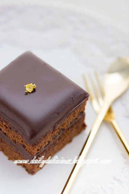 dailydelicious: Chocolate Chiffon cake with Nutella Ganache