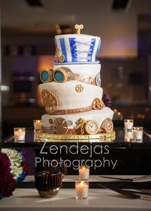 Kansas City Wedding Photographer - Wedding Cakes and Table Decor!