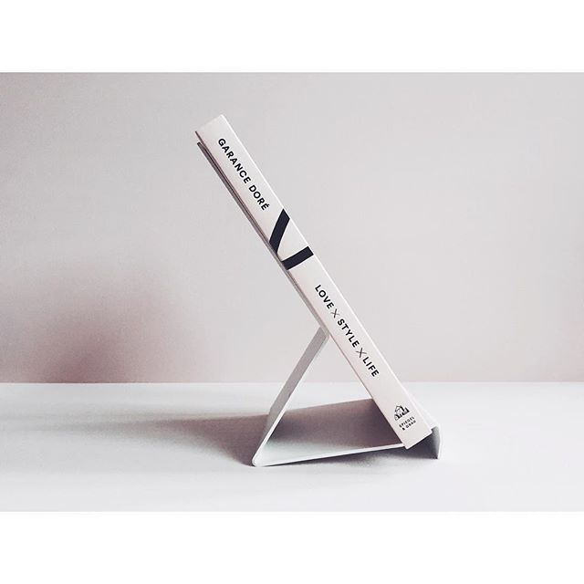 Alps Express Bookholder from @dadadumdesign