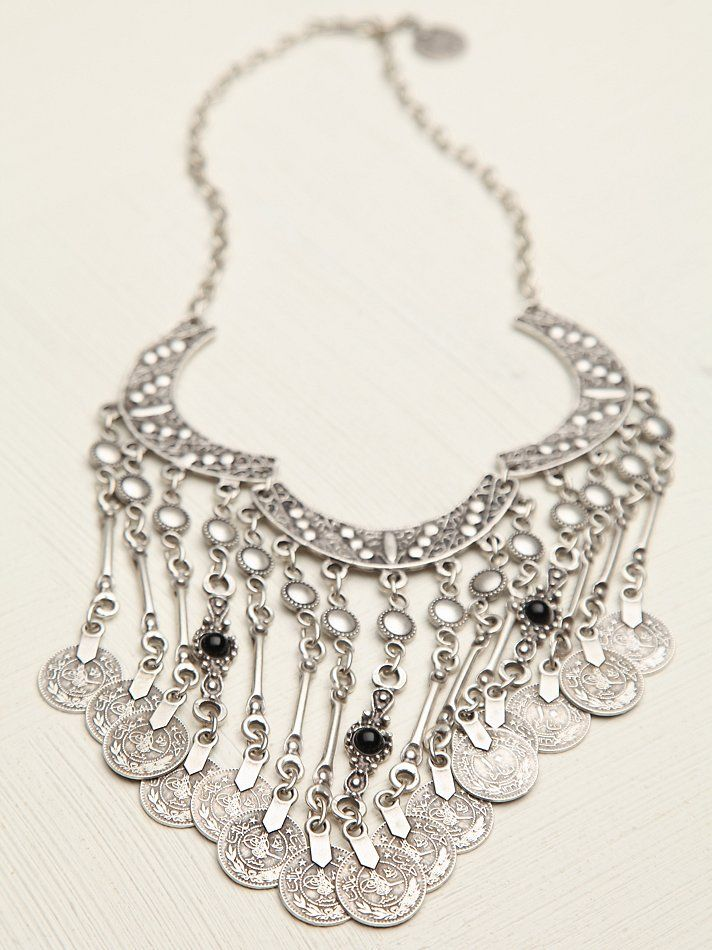 Free People Payas Coin Drop Collar http://www.freepeople.co.uk/whats-new/payas-coin-drop-collar/