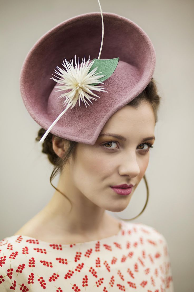 Rose pink hand shaped saucer hat in velour felt, with jade leather leaf #hats #millinery #fashion