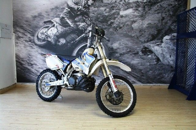 YAMAHA YZ 250 2 STROKE FOR ONLY R 30,000 FOR MORE INFO GO TO www.teamcit.co.za OR CALL 0123428571