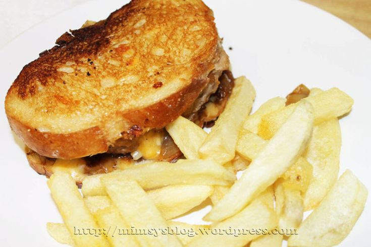 Patty Melt- Cooks CountryAmazing Recipe, Country Version, Food Porn, Cooking Country, Yummy Food, French Fries, Lunches Time, Patti Melted, Fries Cooking