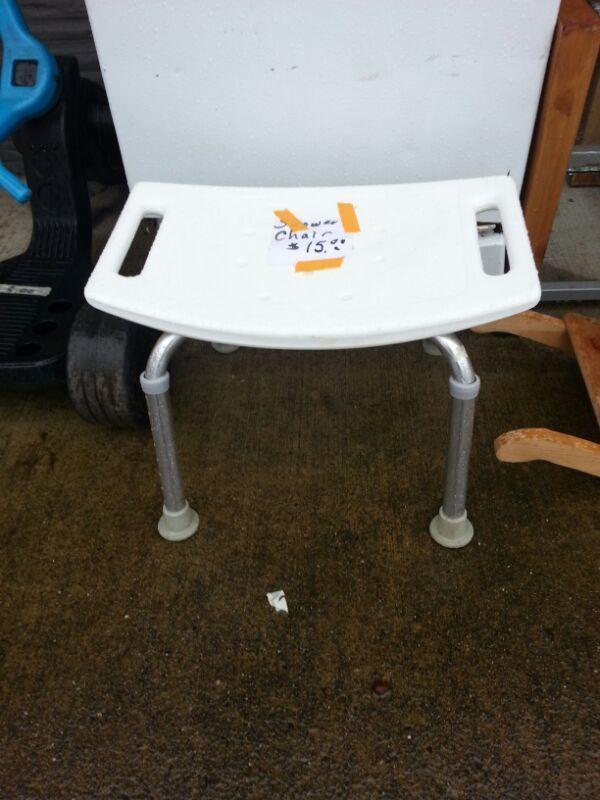 Best 25+ Shower chairs for elderly ideas on Pinterest   Bath chair ...