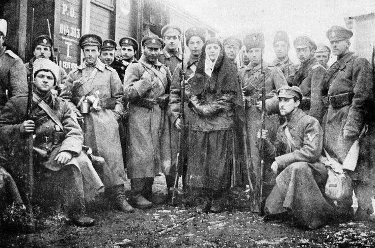 Первые добровольцы. Пехотная рота Добровольческой армии, сформированная из гвардейских офицеров. Январь 1918.