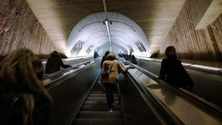 City,metro.