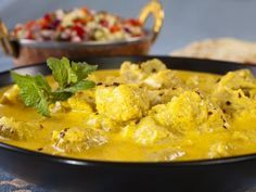 lait de coco, huile, riz basmati, oignon, curry, eau, sel, escalope de poulet