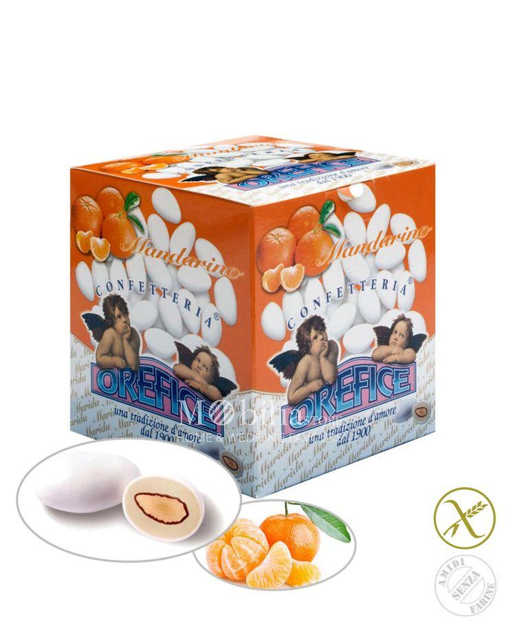 Confetti ripieni senza glutine mandarino Orefice con deliziosa mandorla racchiusi da un sottile strato di zucchero a velo.