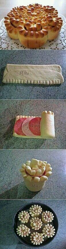 ...meat & cheese rolls, by Rita.. (Das sieht nach einem leckeren + simplen Rezept aus. Mal ausprobieren.).