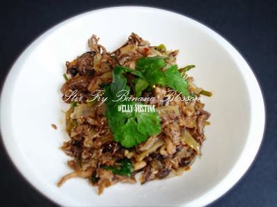 Just Desire at the Kitchen: Stir Fry Banana Blossom / Tumis Cantung Pisang