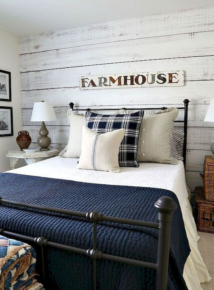 Gorgeous 40 Rustic Farmhouse Master Bedroom Ideas