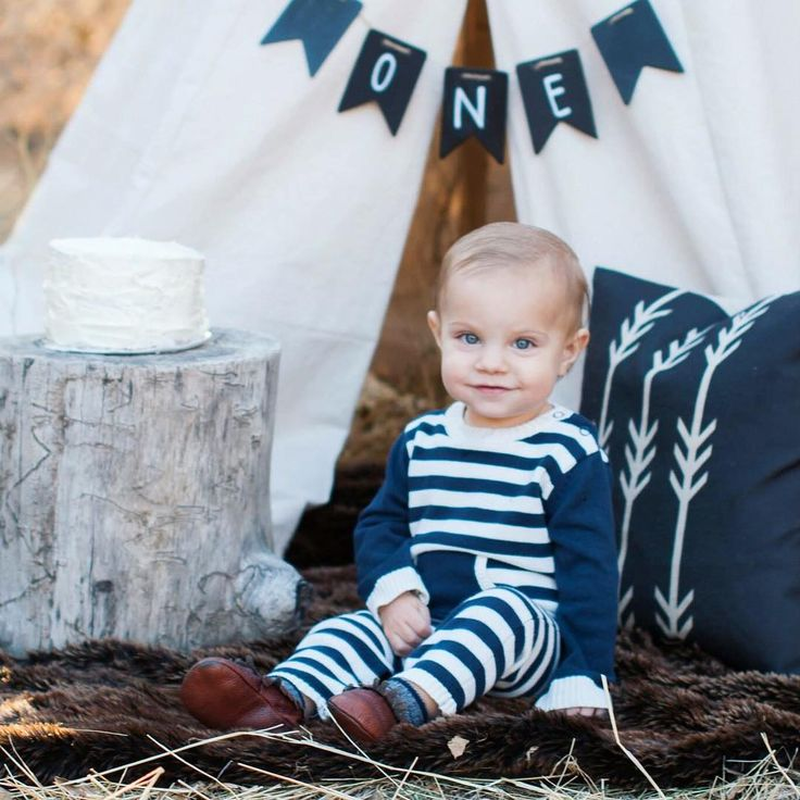 Adorable first birthday photo session.   One year old, first birthday pics, first birthday pictures, boy, happy birthday, Krystal Lou Photography, teepee, outdoors pic, cake smash.