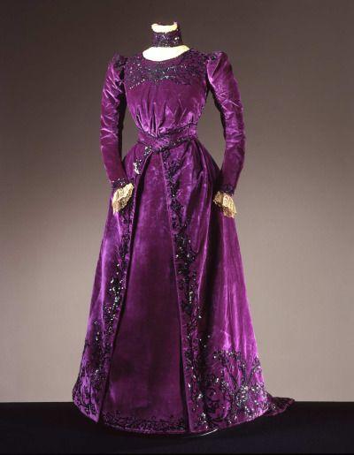 Dress ca. 1900 From the Galleria del Costume di Palazzo Pitti via Europeana Fashion
