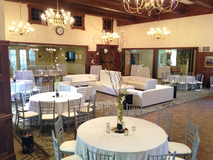 A Modern White And Silver Wedding The Community House Birmingham Mi