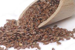 Leinsamen - Leinöl: Nährstoffe des Leinsamen und Wirkung bei trägem Darm - UGB-Gesundheitsberatung