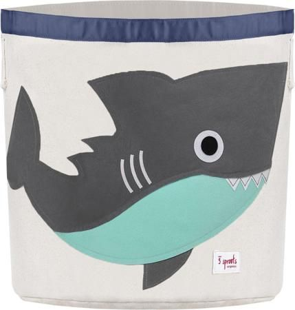 """3 Sprouts Корзина для хранения Серая акула  — 2499р. ----------- Универсальная корзина для хранения 3 Sprouts """"Серая акула"""" поможет вам навести порядок в детской. Размер корзины позволяет хранить в ней игрушки, книжки или белье. Корзина легко складывается, когда в ее использовании нет необходимости, тем самым сохраняя простор вашего дома. Корзина для хранения вещей - идеальный подарок для новорожденных, младенцев и детей."""