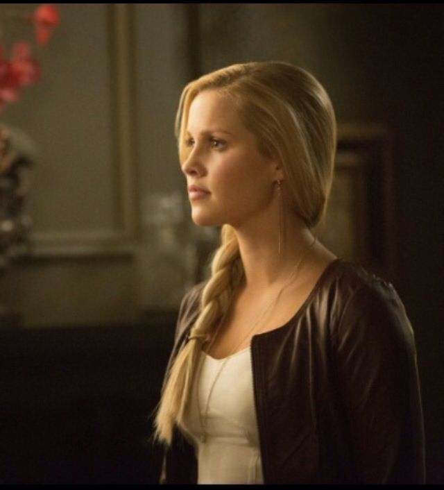 My just chilling day. Especially Rebekah Mikaelson's hair style. #TheOriginals