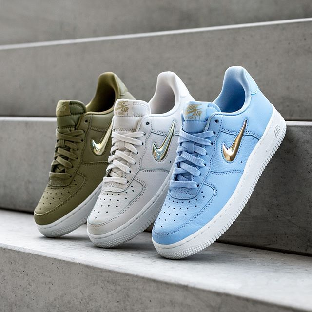 Nike Wmns Air Force 1 '07 PRM LX | Stylish sneakers, Nike ...