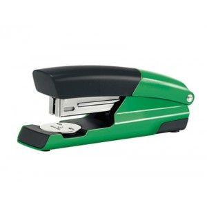 Elegante diseño para esta grapadora Petrus 635 Wow en color verde metalizado, totalmente metálica, ideal para un uso frecuente en todo tipo de oficinas