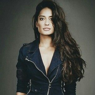 Lisa Haydon. | 27 Pictures That Prove India Has The Most Stunningly Gorgeous Women