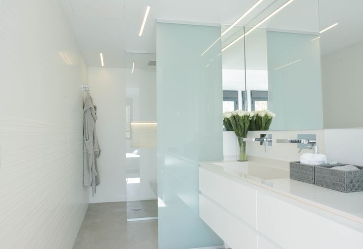 1000 ideas about muebles ba o roca on pinterest - Residence de standing saota roca llisa ...