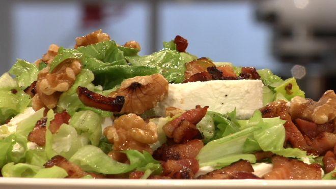 Salade van andijvie met geitenkaas - recept | 24Kitchen