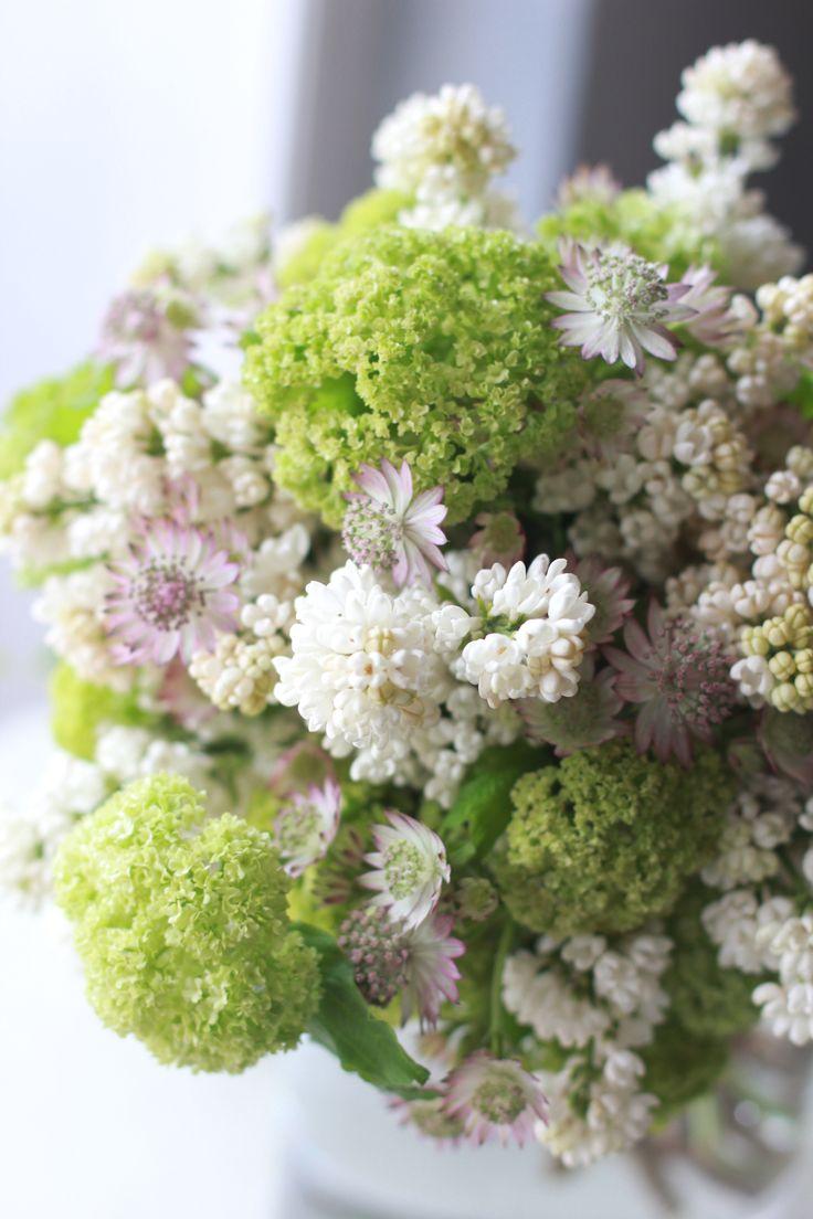 ライラックと小花のブーケ