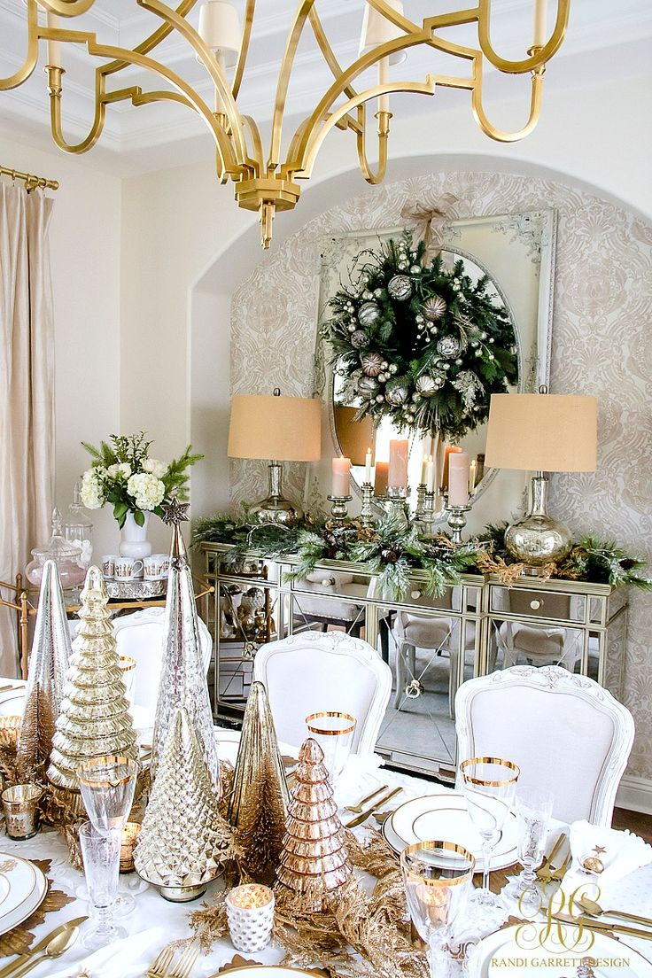 Elegant Gold Christmas Table Scape - Randi Garrett Design #TableScape #GoldChristmas #ChristmasDiningRoom