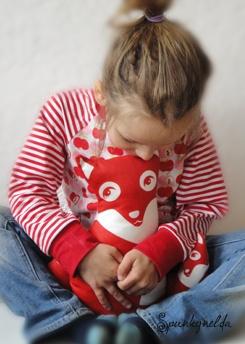 LA - Shirt for girls, 100% organic, fabric by Hamburger Liebe, sewing by Spunkynelda
