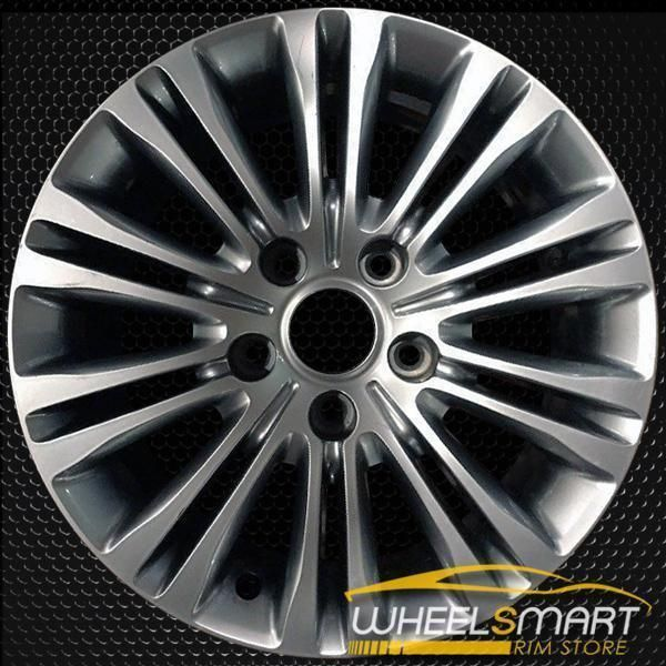 17 Chrysler Town And Country Oem Wheel 2011 2016 Hypersilver