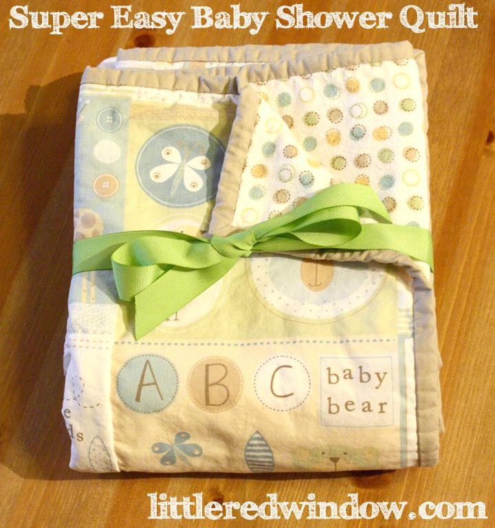 Great tutorial for a Super Easy Baby Shower Quilt, it's a perfect, cute and quick gift! via littleredwindow.com