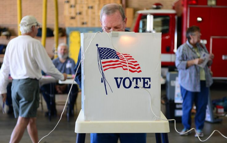 Voter Turnout in Midterm Elections Hits 72-Year Low http://time.com/3576090/midterm-elections-turnout-world-war-two/