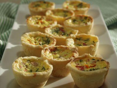 Mini Quiche Tarts ... a gluten free, dairy free bite-sized delight. #glutenfree #dairyfree #appetizers