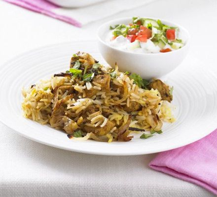 Low-fat chicken biryani | Half the fat of your normal takeaway, and it's low calorie | #recipes #chicken