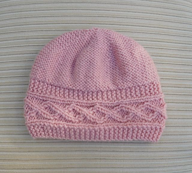"""Ravelry: Hat """"Elissa"""" for a Lady pattern by Yelena Chen"""