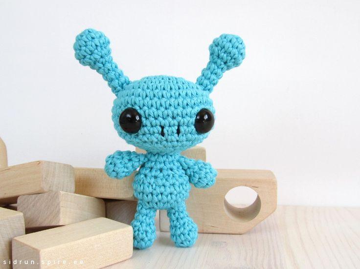 Amigurumi Freely Fb : 64 best crochet ufo e.t. alien images on pinterest knitting