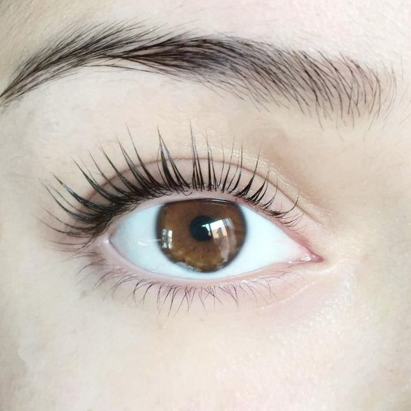 So when we heard about Lash Lifts, a treatment for natural lashes that can add curl and definition for 8-10 weeks, we wanted to try it out. | We Got Eyelash Lifts And The Result Was Kind Of Crazy, TBH