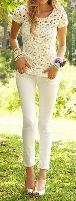 All White Summer Fashion Styles – Lace Top & Skinnies