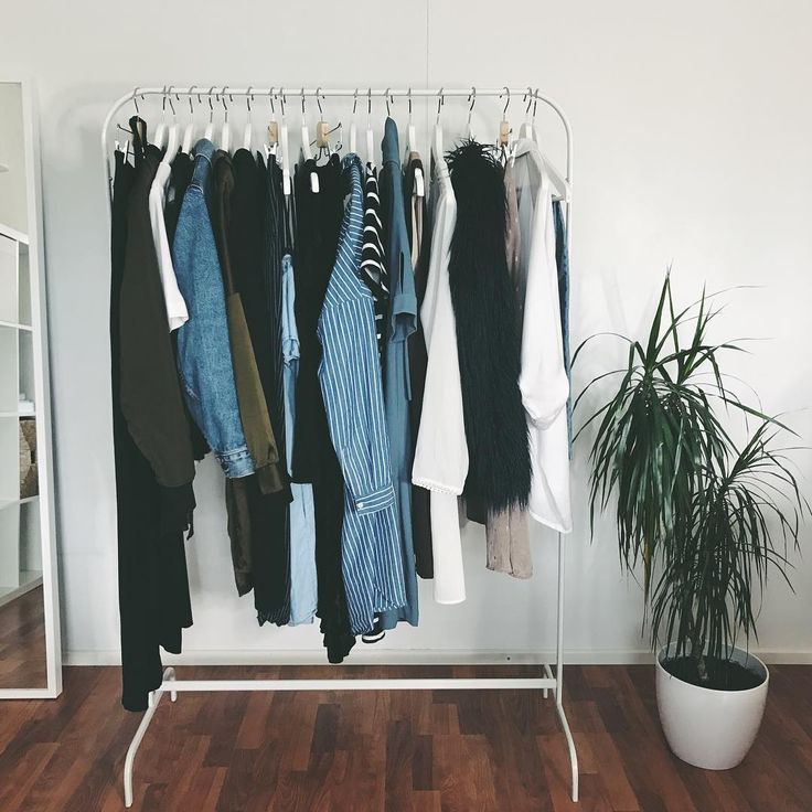 Project 333 Capsule Wardrobe by Out of the Box (@ootb.fi) on Instagram, August 30th 2017 #project333 #capsulewardrobe