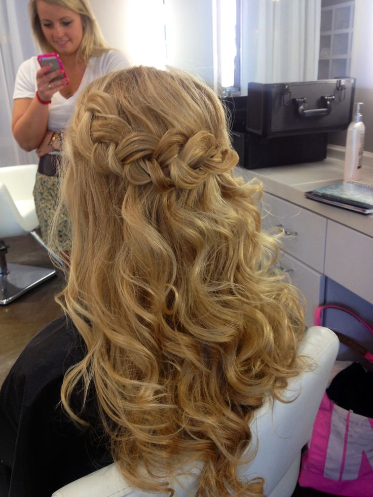 Wavy Beach Curls And Braid Hair And Makeup By Cali