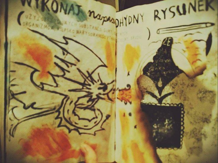 Podesłała Justyna Wojdon #zniszcztendziennikwszedzie #zniszcztendziennik #kerismith #wreckthisjournal #book #ksiazka #KreatywnaDestrukcja #DIY