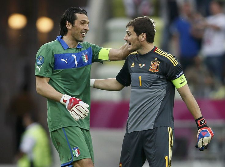 Two Legends @Casillas #Casillas #Buffon #9ine