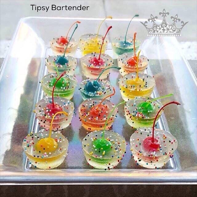 Confetti Champagne Jello Shots #Food #Drink #Trusper #Tip